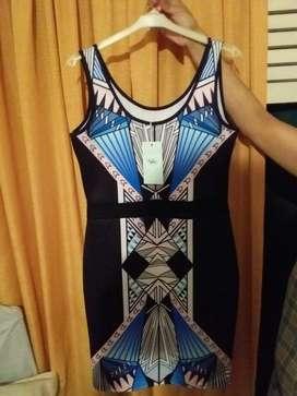 Vestido Fino de Mujer Talle M 95 Poliester 5SpandexEstirable Exclusivo Fiestas ACEPTO TARJETAS ENVÍO ROSARIO ALREDEDORES
