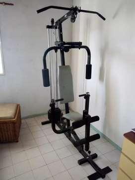 Maquina de ejercicio multifunción