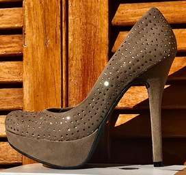 Zapato plataforma NUEVO gamuzado