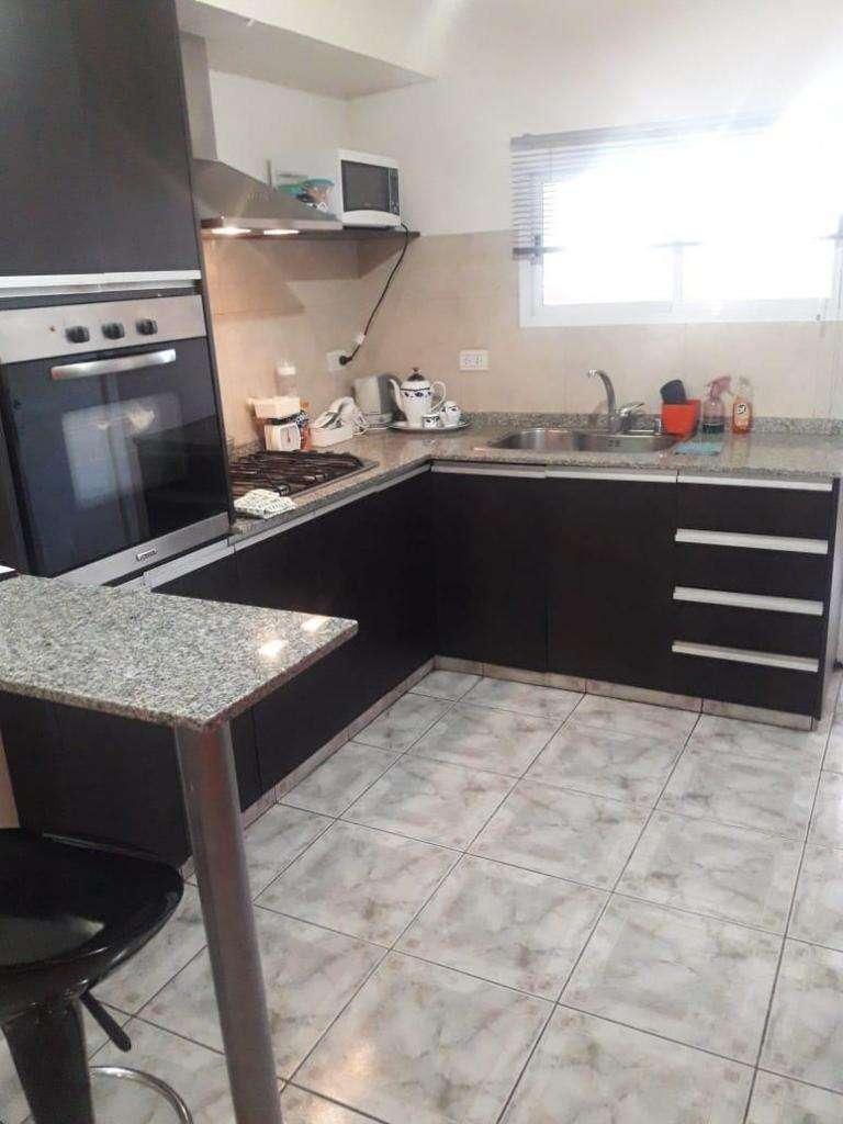Barrio Belgrano, Casa 2 Dormitorios 0