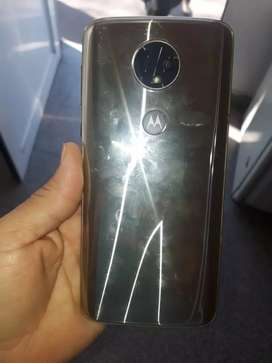 Vendo Moto E5 plus perfecto estado