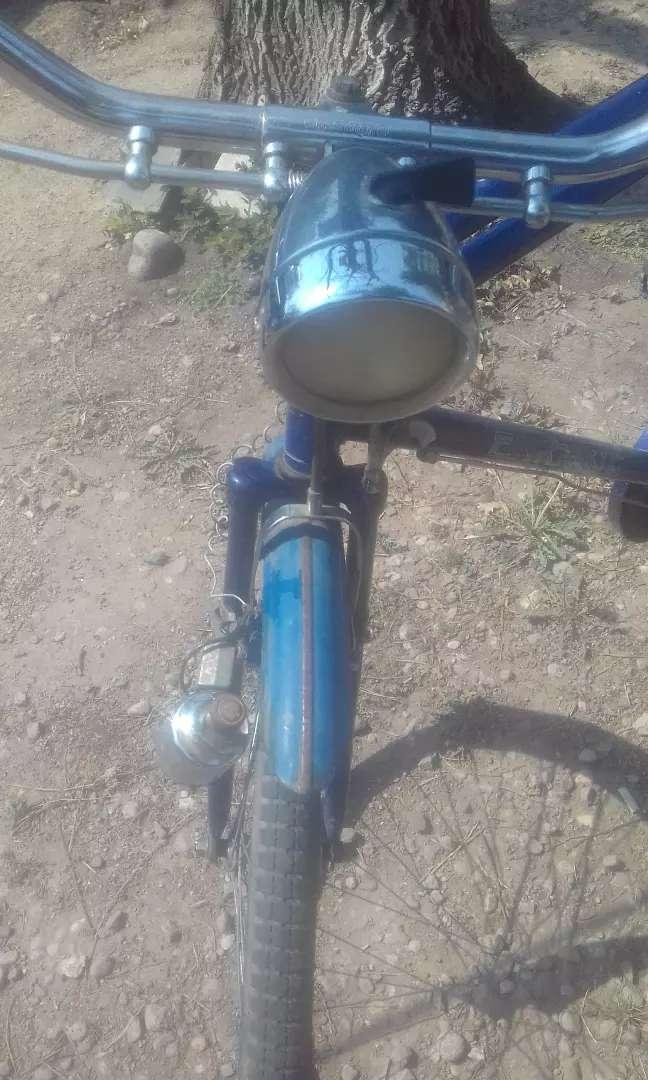 Bicicleta antigua estilo inglesa 0