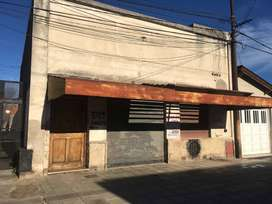 ALQUILO EXCELENTE TALLER MECANICO AGUSTIN DE ARRIETA 551 VILLA MITRE B.BLANCA $ 20.000