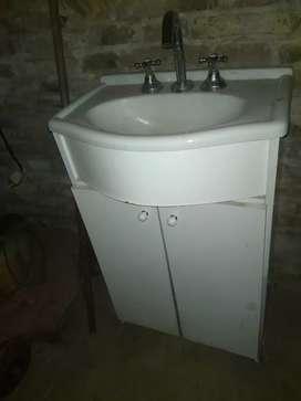 Mesita baño