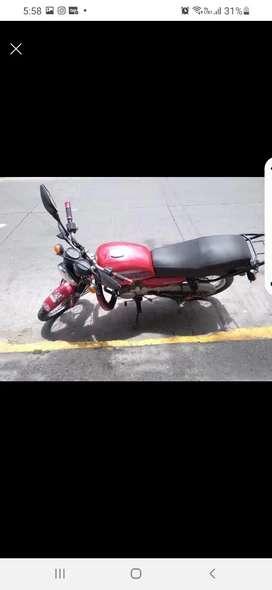 Arriendo moto para trabajar