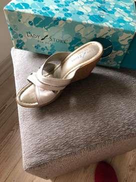 Sandalias usadas