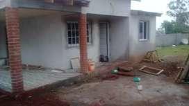 Construccion de casas completas rejas portones techos con perfil o maderas