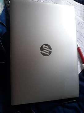 Computador portatil HP Probook 440.