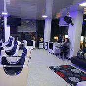se vende salón de belleza barbería por motivo de viaje