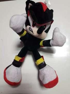 Peluche Shadow de Sonic