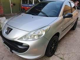VENDO O PERMUTO 207 COMPACT 2011 MOTOR 1.4