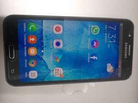Vendo mi Samsung Galaxy J7 4g 16gb  / Mica / Cargador
