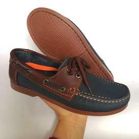 Hermoso calzado para caballero