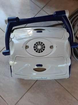 Robot Limpia Piscina AQUABOT Optima Jr