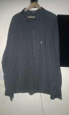 Camisa nueva de hombre