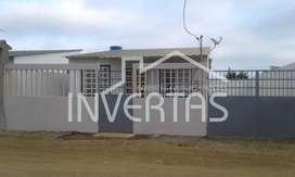 Casa amoblada por estrenar de venta en Villamil Playas