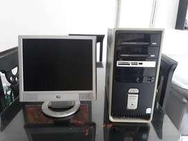 COMPUTADORA COMPAQ - HP ORIGINAL