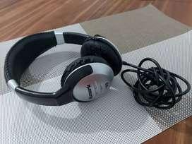 Auriculares Numark HF125