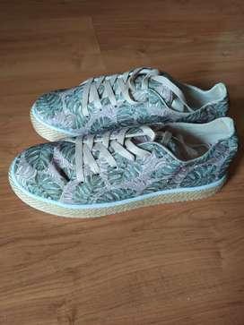 Zapatos NUEVOS, lindos zapatos talla 39 para dama