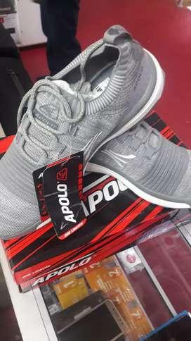 Vendo un par de Zapatillas Apolo Originales talla 40