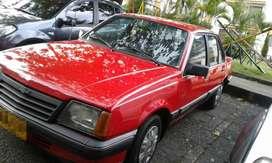 Chevrolet Monza 2.0, modelo 1988 en buen estado