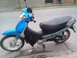 Vendo moto buen precio
