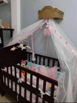 Cuna de Bebé y Colchón anti ácaros