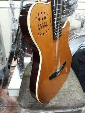 Guitarra Godin Grand Concert Multiac