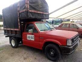 Mazda b2000 vendo o cambio