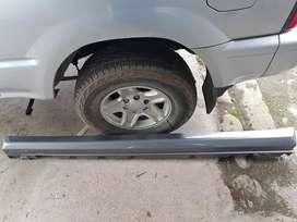 Vendo Faldones laterales Mercedes benz