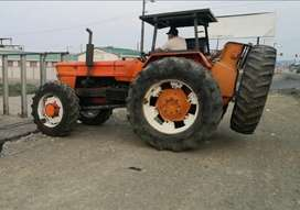 Alquilo tractor forestal