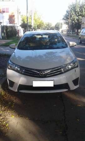 Toyota Corolla XLI Automático 2017 (Vendo, o permuto por Renault Master o similar)
