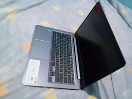 Se vende laptop Asus alguna consulta consulte a mi wsp del mismo número