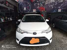 Toyota Yaris modelo 2017 poco uso como nuevo