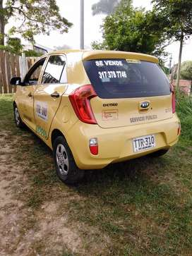 Se vende taxi en excelente estado  listo para traspaso