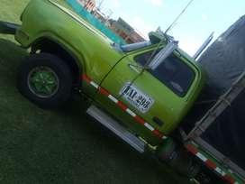 Camión Dodge modelo 1976