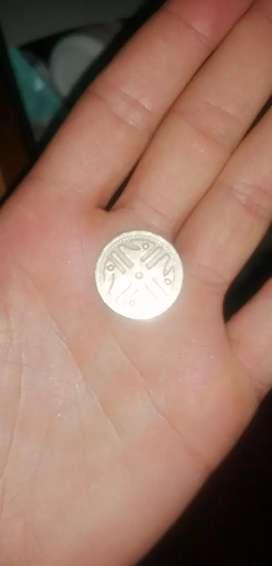 Moneda de docientos pesos