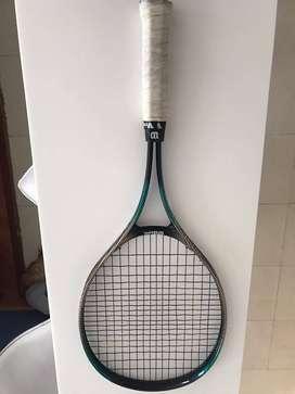 Raqueta semi profesional Wilson grip 4 1/2