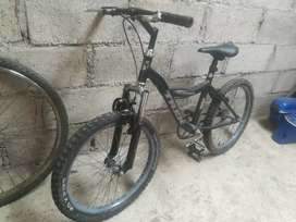 Vendo o cambio bici rin 20 suspensión delantera con instrumento musical