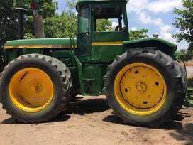 Tractor Johnderee 8430 4Wd