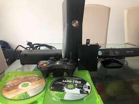 Xbox 360 con kinect, disco duro de 250gb, un control y 3 juegos originales