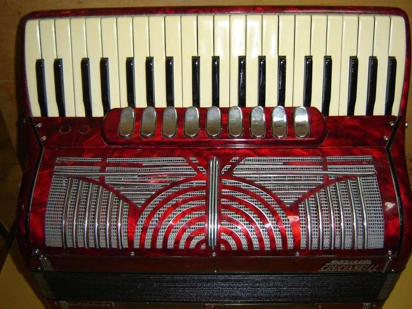 acordeon 120 crucianelli italy en 4ta y 5ta afinada 0