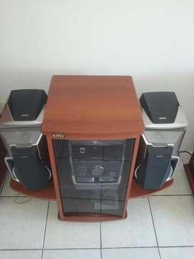 Mesa para Equipo de Audio  $ 800