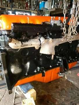 Permuto por Perkins 6 dos motores Ford 221