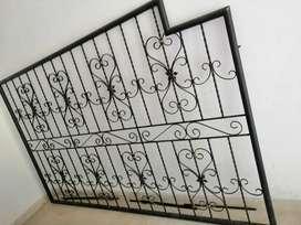 Se vende ventana en hierro en perfectas condiciones