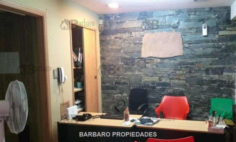 BARBARO ALQUILA OFICINA EN SAN MARIN CENTRO 0