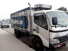 se vende camión hino dutro modelo 2008
