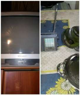 Vendo tv radio y fuentes