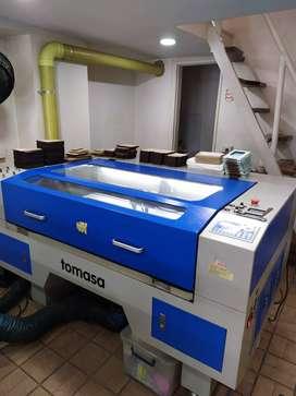 Máquina láser 100w GoldenSign International Tecnology Co. Ltd
