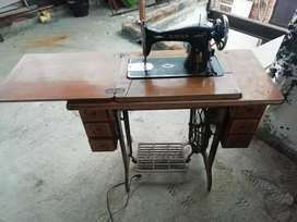 Maquina de coser singer clásica